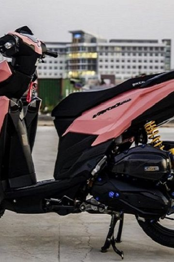 Sơn xe Vario màu hồng trẻ trung năng động