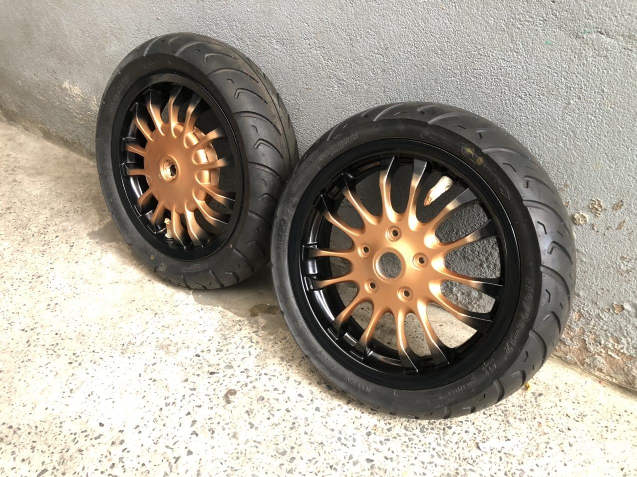 Sơn mâm xe Vario màu đen cam cực đẹp
