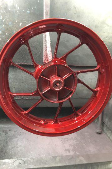 Sơn mâm xe Honda màu đỏ siêu đẹp